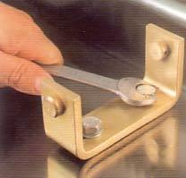 montage facile avec socle spécial pour fixation rapide